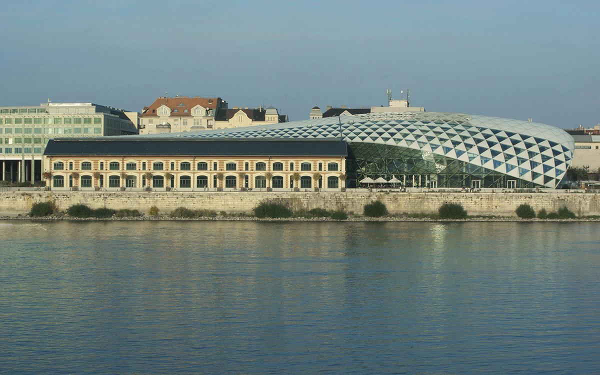uj-budapest-galeria-1200x750